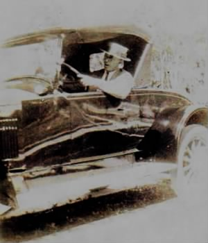 Charlie E. Nolan in 1926 sporting around in his Pierce Arrow..