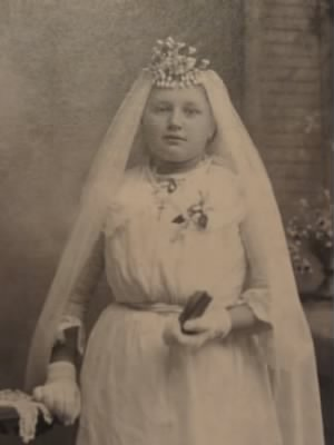Gertrude Vonderkall Demoy-confirmation photo