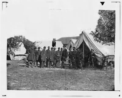 2982 - Antietam, Md. President Lincoln with Gen. George B. McClellan and group of officers › Page 1 - Fold3.com