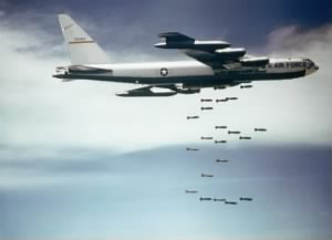 Boeing_B-52_dropping_bombs.jpg