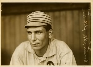 800px-Chief_Bender,_Philadelphia_Athletics_pitcher,_by_Paul_Thompson,_1911.jpg