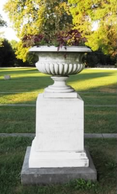 Urn to the First Minnesota in the National Cemetery.jpg