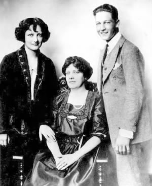 x Joan Crawford, mother Anna, and brother Hal..jpg