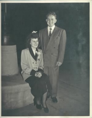 Charlie and Darlyne Bell Wedding 31 Jan 1948.jpg