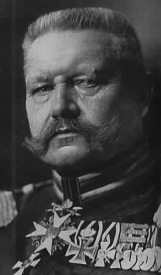 Paul_von_Hindenburg.jpeg